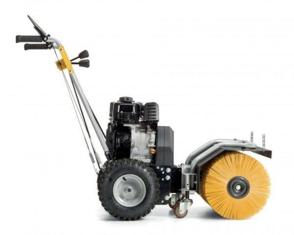 Stiga SWS 600 G Benzine Veegmachine 1