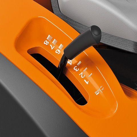 Stihl RT 4082 Benzine Zitmaaier 2