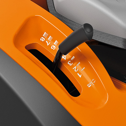 Stihl RT 4097 SX Benzine Zitmaaier met zijuitworp 3