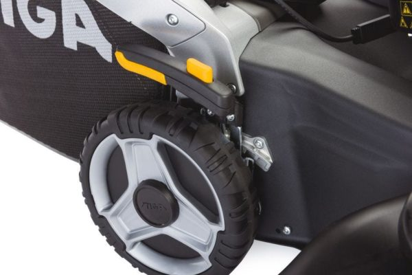 Stiga Twinclip 55 SQ B Benzine Grasmaaier 8