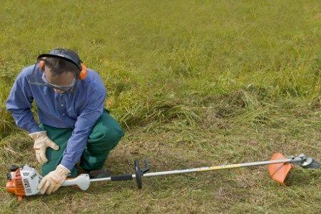 Stihl FS 55 Benzine Graskantenmaaier met Mes 2